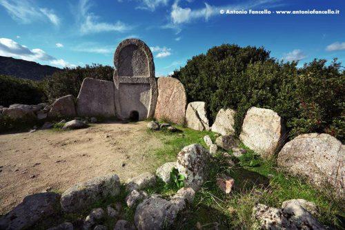Dorgali - Tomba dei Giganti di Thomes